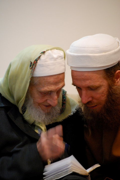 http://damas.nur.nu/wp-content/uploads/sites/8/2017/08/shaykh-shukri-al-luhafi-with-sayyid-shaykh-muhammad-al-yaqoubi-5.jpg